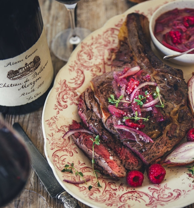Rib of beef with raspberry shallot sauce