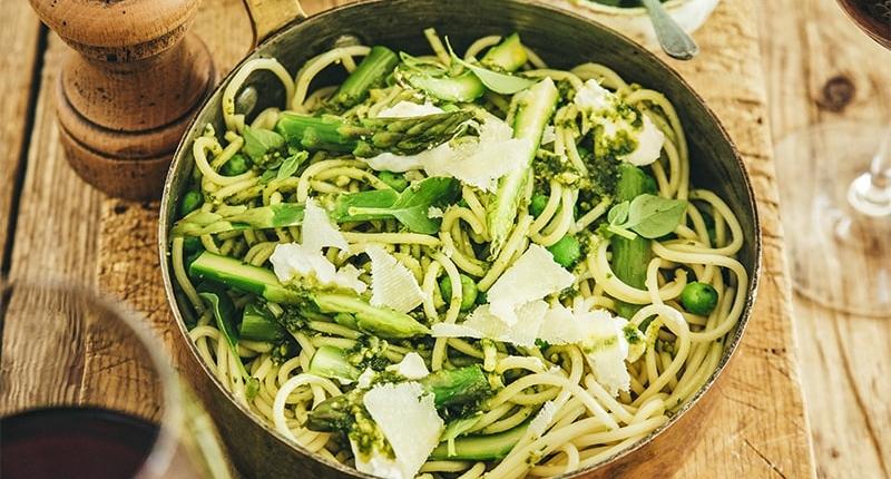 Spaghetti with green veggies, burrata and pistachio pesto